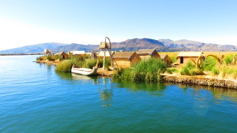 Coming up to the floating islands made of reeds...